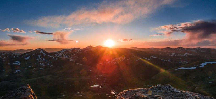 """Dags att vakna upp – till en """"ny"""" värld"""